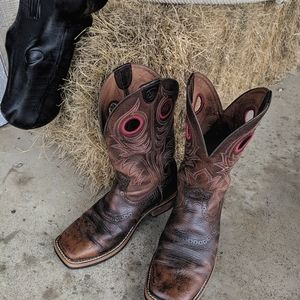 Ariat Heritage Roughstock Western Boots